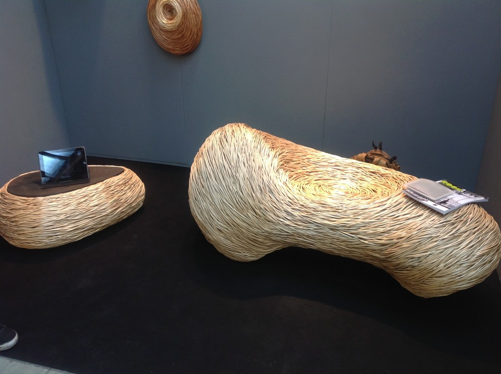 glass willow seat