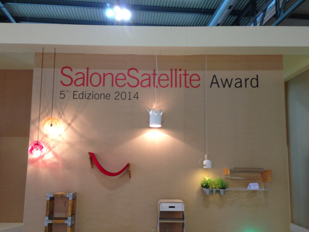SaloneSatellite